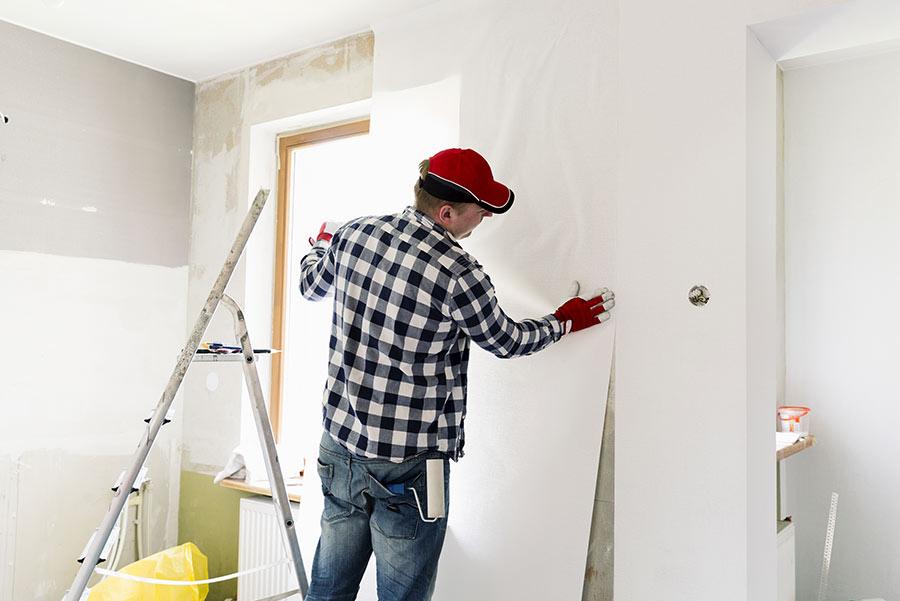 pose de tissu mural à Vannes - Laudic Peinture